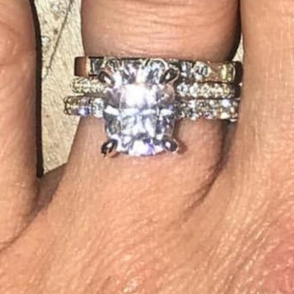 Harro Gem 10x8 Cushion Cut Engagement Ring